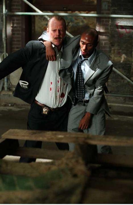 16 calles: Yasiin Bey, Bruce Willis