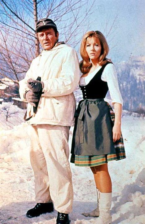 El desafío de las águilas: Richard Burton, Ingrid Pitt, Brian G. Hutton