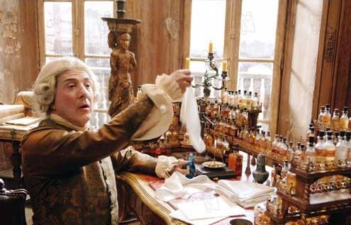 El perfume: Historia de un asesino: Tom Tykwer, Dustin Hoffman