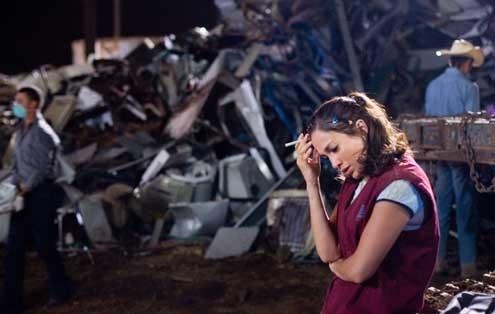Ciudad del silencio: Gregory Nava, Jennifer Lopez