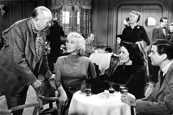 Los caballeros las prefieren rubias : Foto Howard Hawks, Jane Russell, Marilyn Monroe