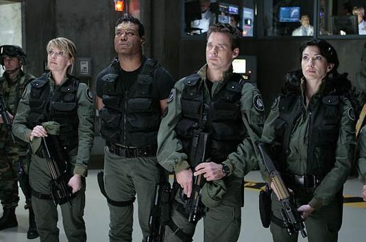Stargate SG 1 : Foto Amanda Tapping, Ben Browder, Christopher Judge, Claudia Black