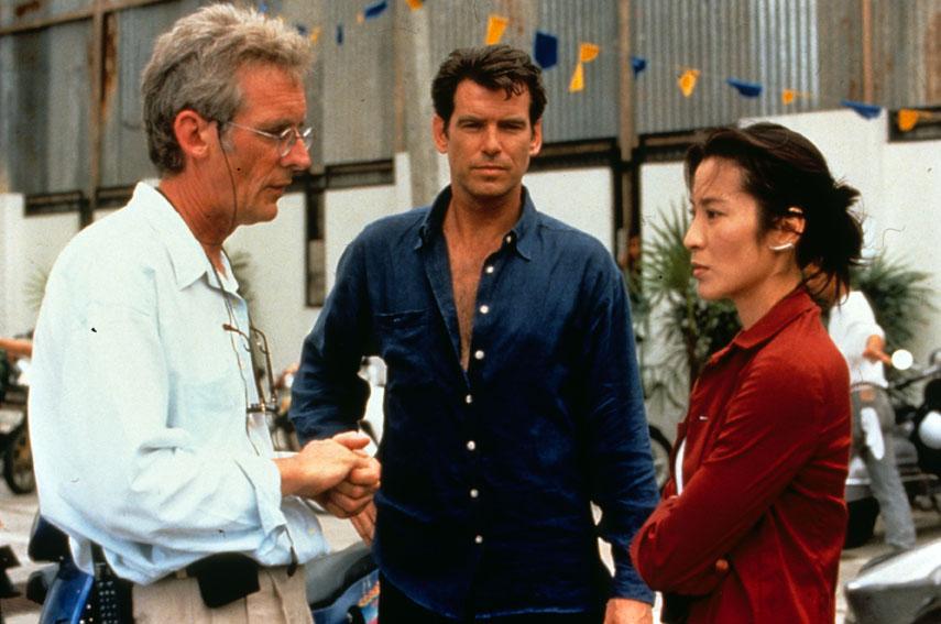 El mañana nunca muere: Roger Spottiswoode, Pierce Brosnan, Michelle Yeoh