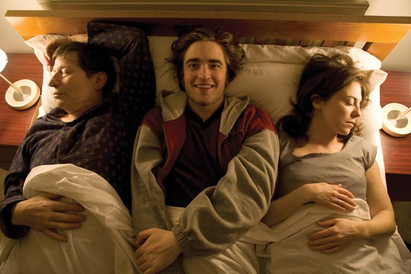 How to Be : Foto Michael Irving, Oliver Irving, Rebecca Pidgeon, Robert Pattinson