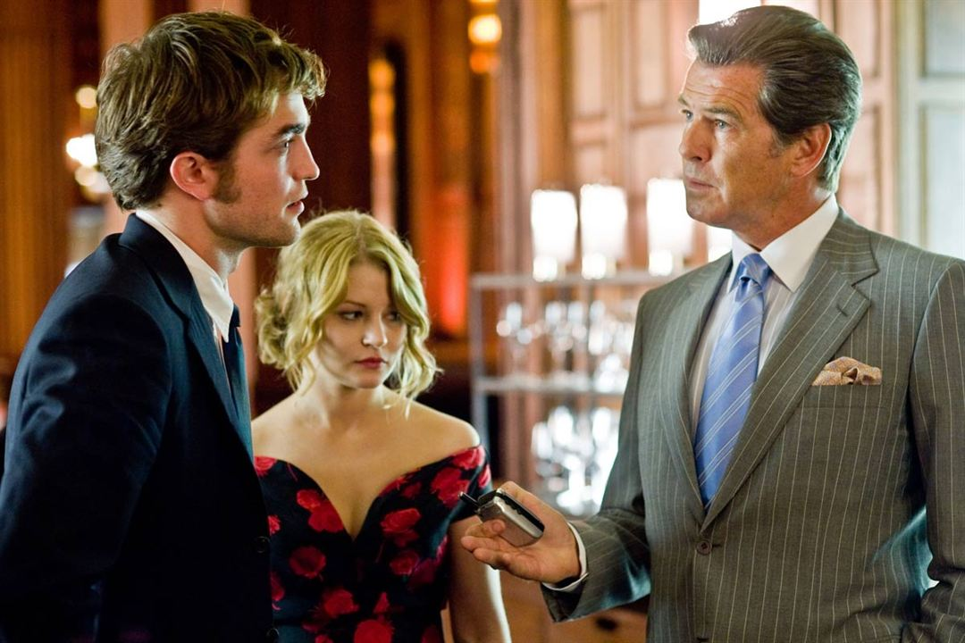 Recuérdame : Foto Emilie de Ravin, Pierce Brosnan, Robert Pattinson