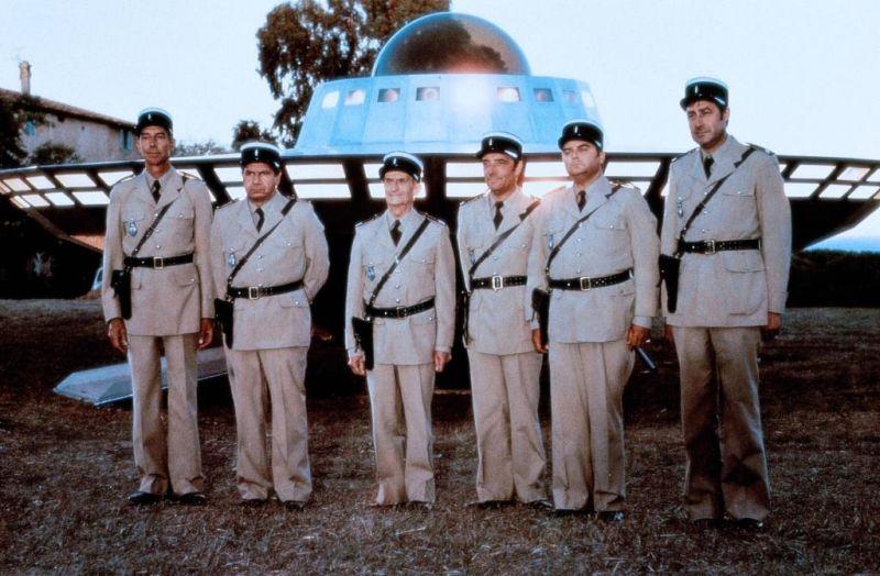 El gendarme y los extraterrestres