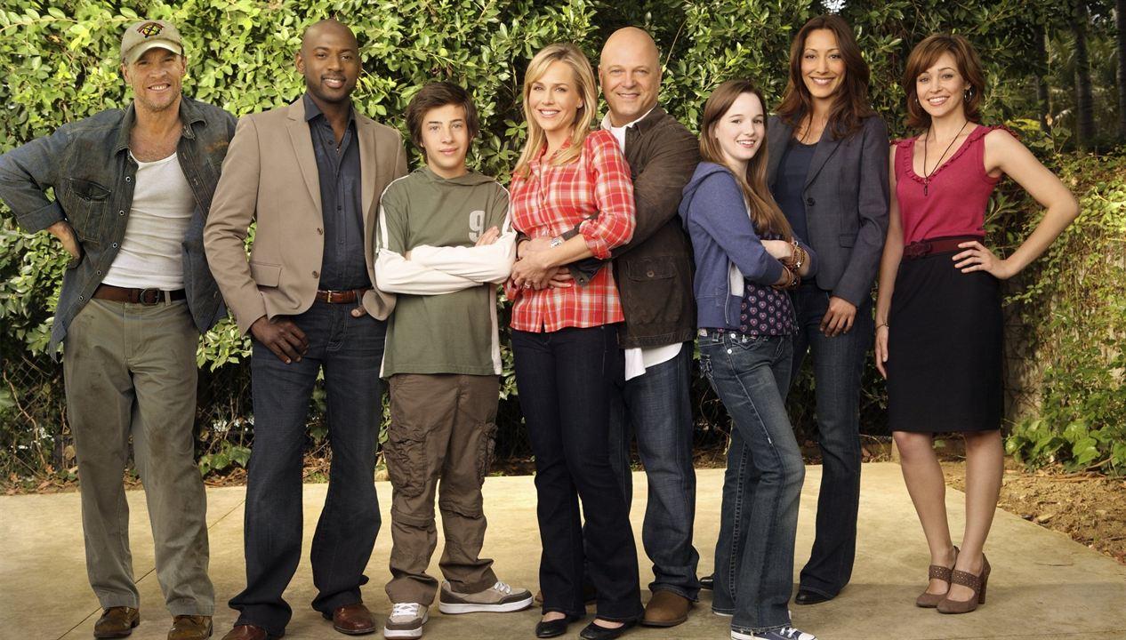 Los increíbles Powell : Foto Autumn Reeser, Christina Chang, Jimmy Bennett, Julie Benz, Kay Panabaker
