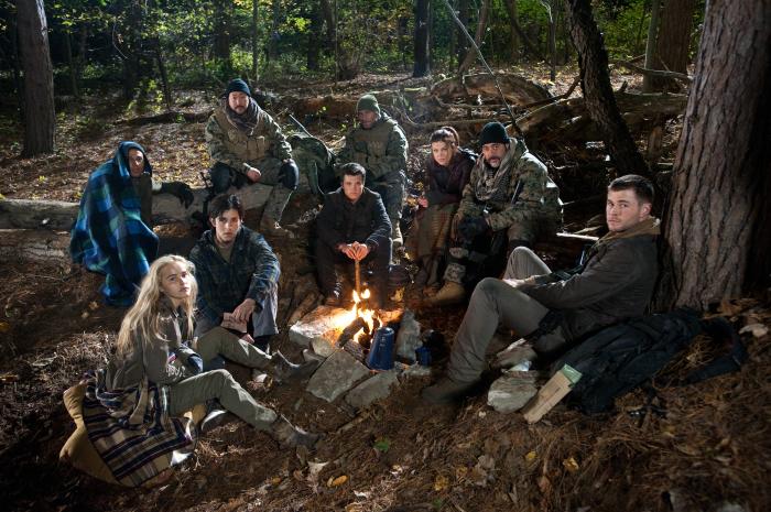 Amanecer rojo : Foto Chris Hemsworth, Isabel Lucas, Josh Hutcherson, Josh Peck