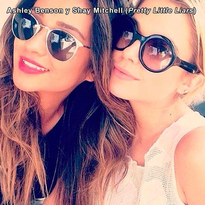 Ashley Benson y Shay Mitchell