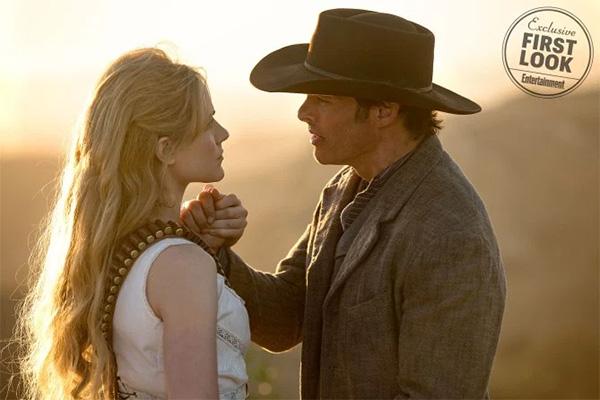 Dolores (Evan Rachel Wood) y Teddy (James Marsden)