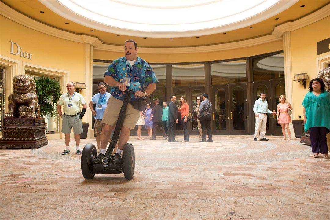 Superpoli en Las Vegas : Foto Gary Valentine, Kevin James, Raini Rodriguez