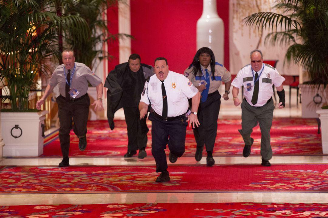 Superpoli en Las Vegas : Foto Gary Valentine, Kevin James, Loni Love, Shelly Desai