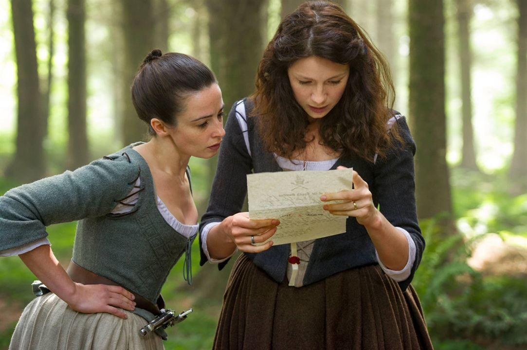 Foto Caitriona Balfe, Laura Donnelly