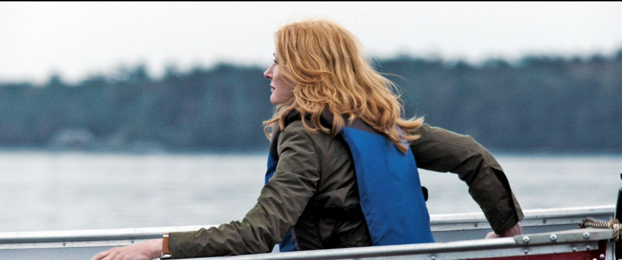 October Gale: Patricia Clarkson
