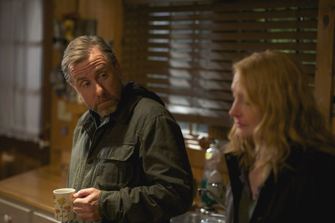October Gale: Patricia Clarkson, Tim Roth