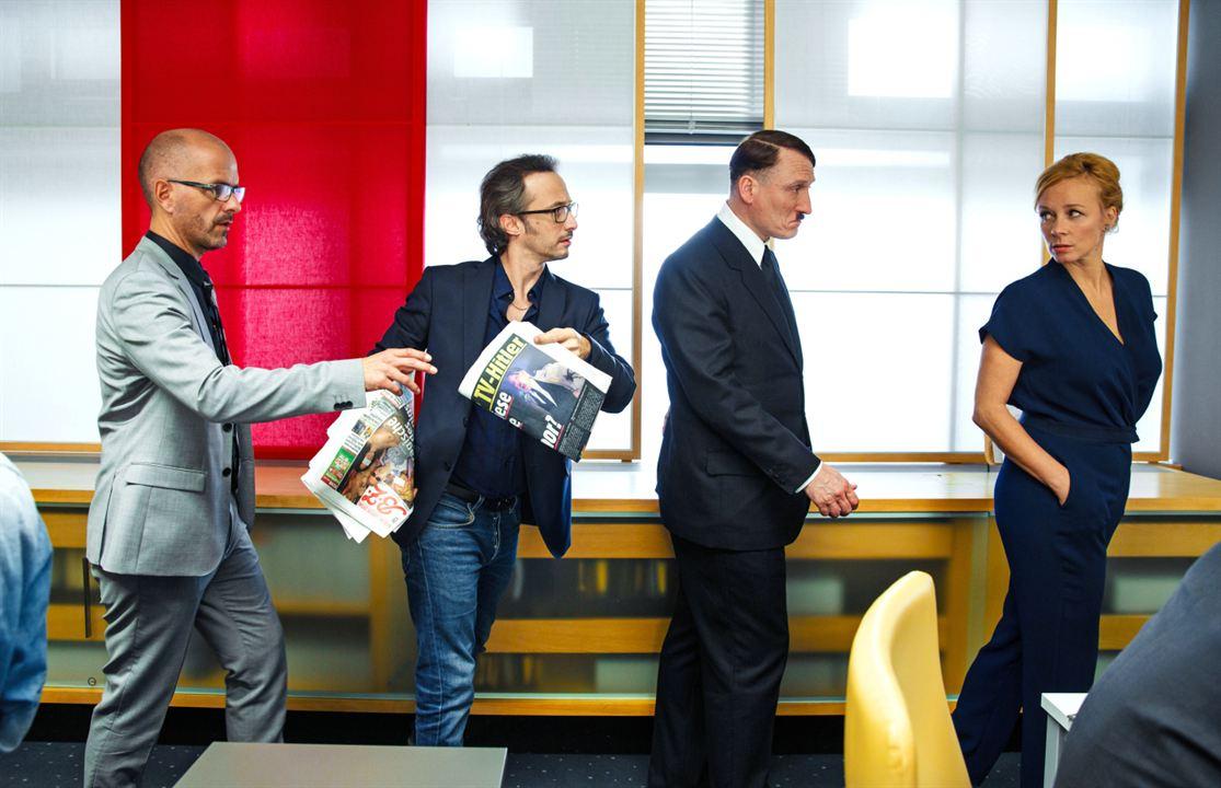 Er ist wieder da : Foto Christoph Maria Herbst, Katja Riemann, Michael Ostrowski, Oliver Masucci