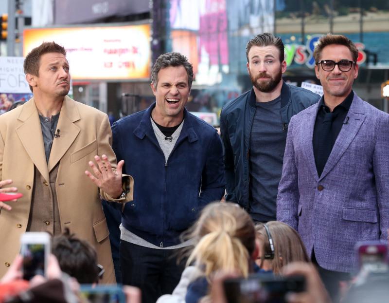 Vengadores: La era de Ultrón: Robert Downey Jr., Mark Ruffalo, Jeremy Renner, Chris Evans