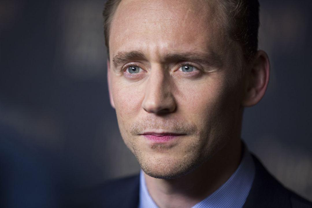 La cumbre escarlata : Couverture magazine Tom Hiddleston