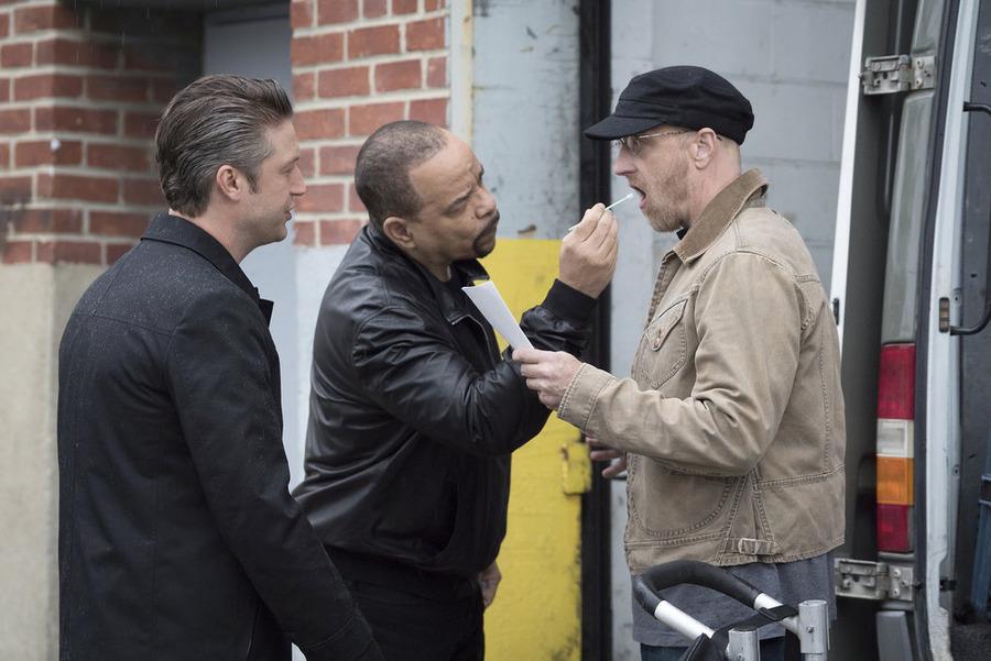 Foto Chris Elliott, Ice-T, Peter Scanavino