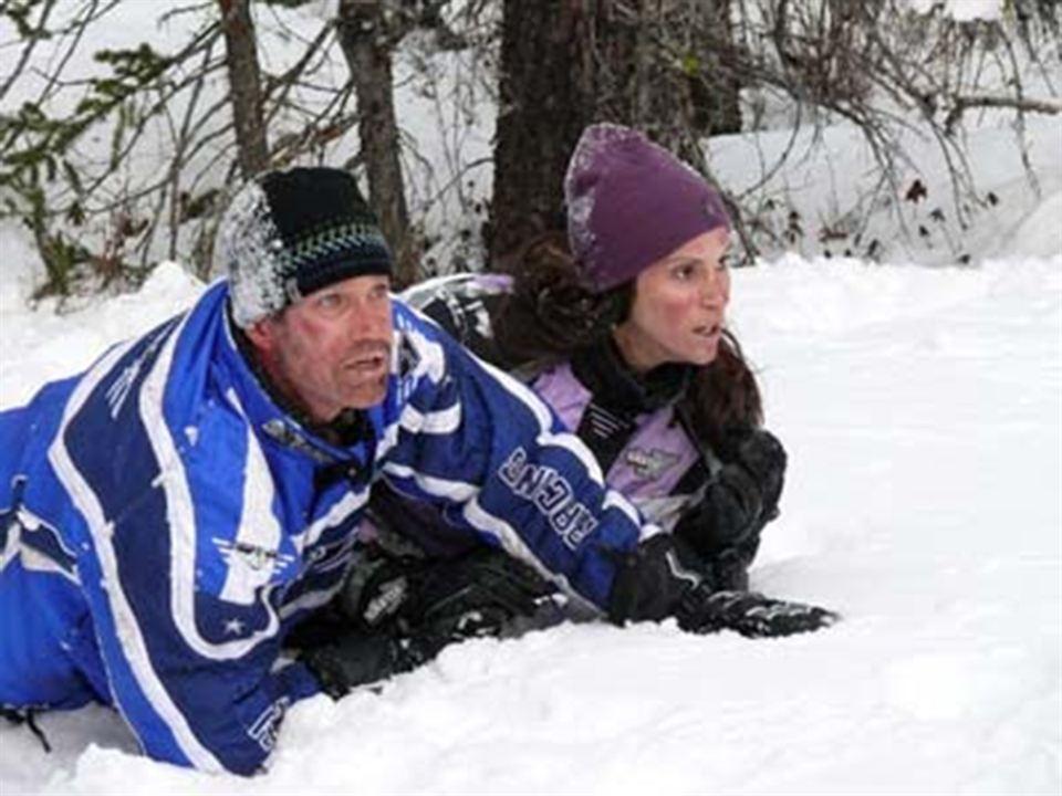 Perdidos en la nieve : Foto Dylan Walsh, Jami Gertz