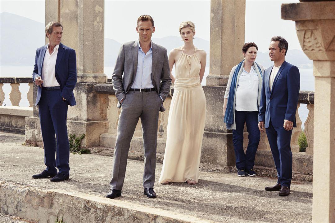 Foto Elizabeth Debicki, Hugh Laurie, Olivia Colman, Tom Hiddleston, Tom Hollander