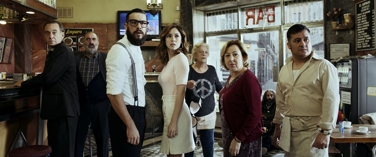 El Bar : Foto Alejandro Awada, Blanca Suárez, Jaime Ordóñez, Joaquín Climent, Mario Casas
