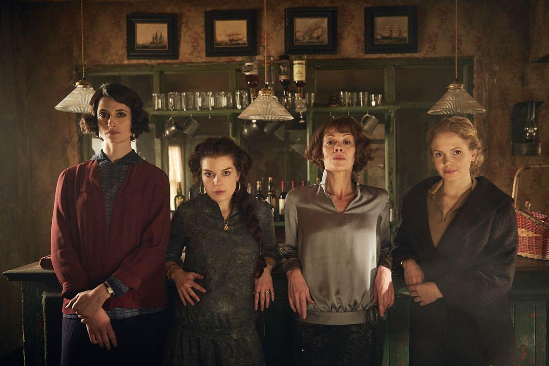 Foto Aimee-Ffion Edwards, Helen McCrory, Kate Phillips, Natasha O'Keeffe