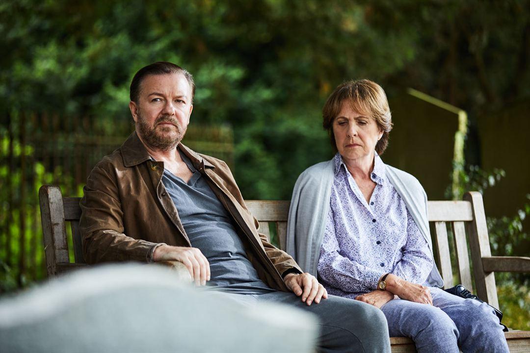 Foto Penelope Wilton, Ricky Gervais