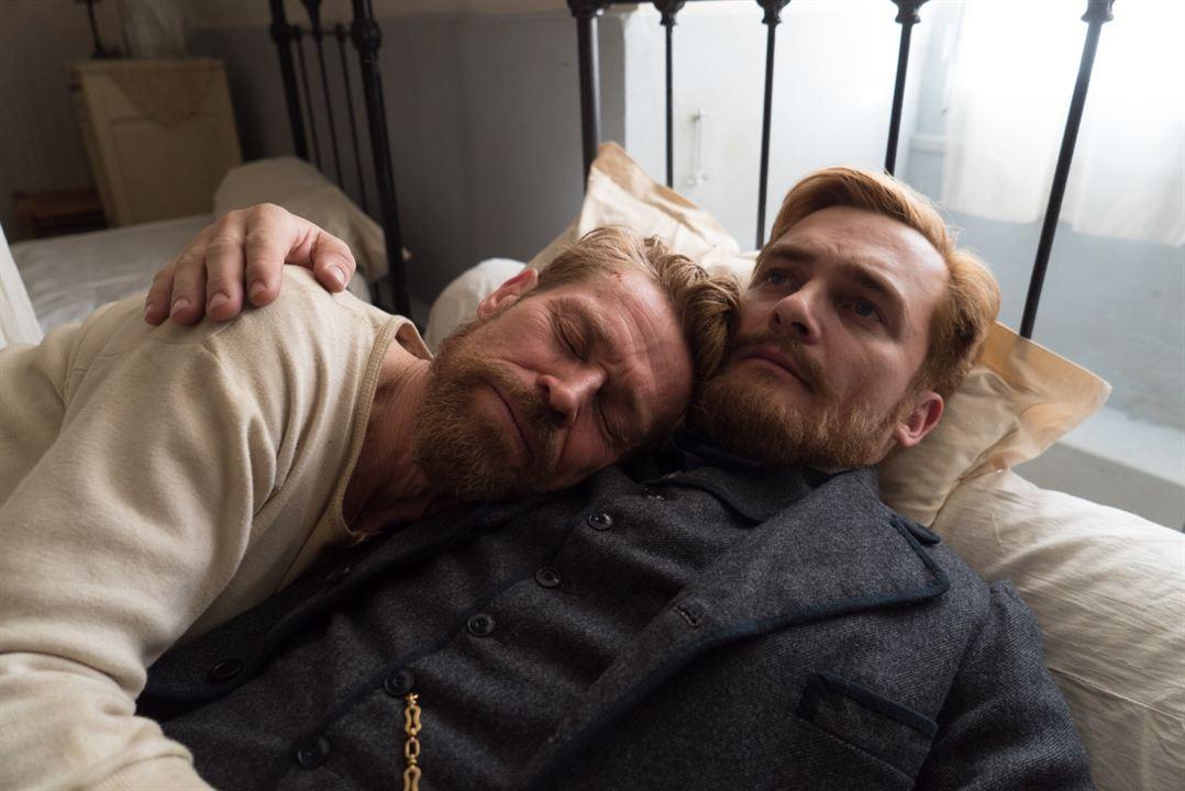 Van Gogh, a las puertas de la eternidad: Rupert Friend, Willem Dafoe