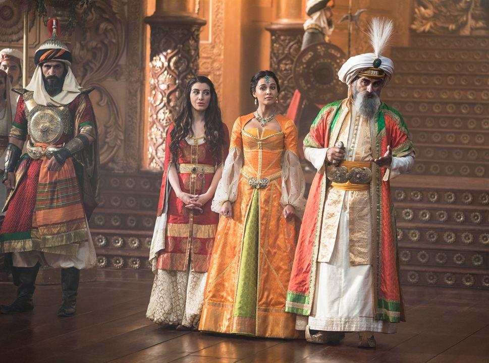 Aladdin : Foto Naomi Scott, Nasim Pedrad, Navid Negahban