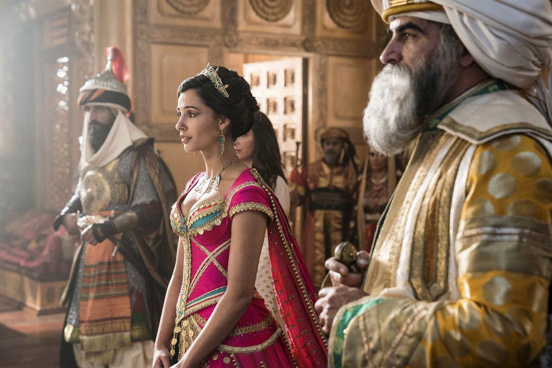 Aladdin : Foto Navid Negahban