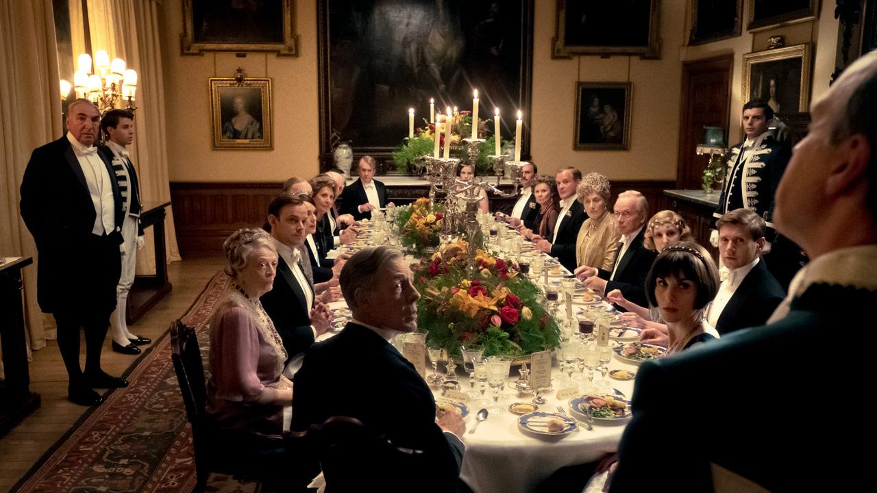 Downton Abbey : Foto Hugh Bonneville, Imelda Staunton, Jim Carter, Kate Phillips, Laura Carmichael
