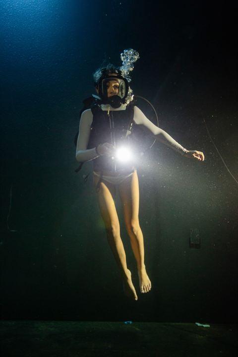 A 47 metros 2: El terror emerge: Sistine Rose Stallone