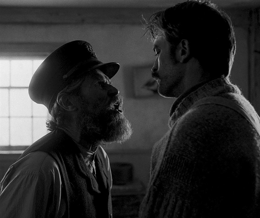 El faro : Foto Robert Pattinson, Willem Dafoe