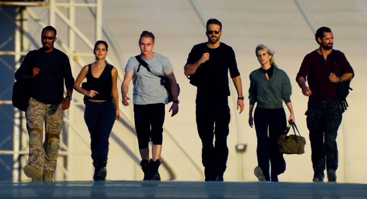 6 en la sombra : Foto Adria Arjona, Ben Hardy, Corey Hawkins, Manuel Garcia-Rulfo, Mélanie Laurent