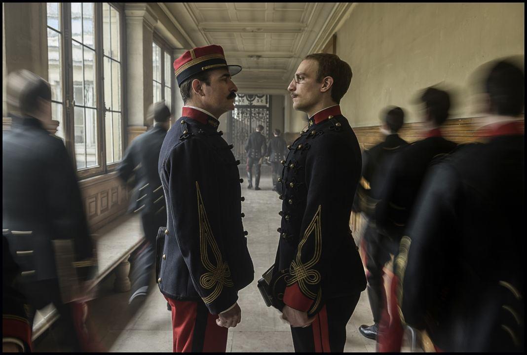El oficial y el espía: Louis Garrel, Jean Dujardin