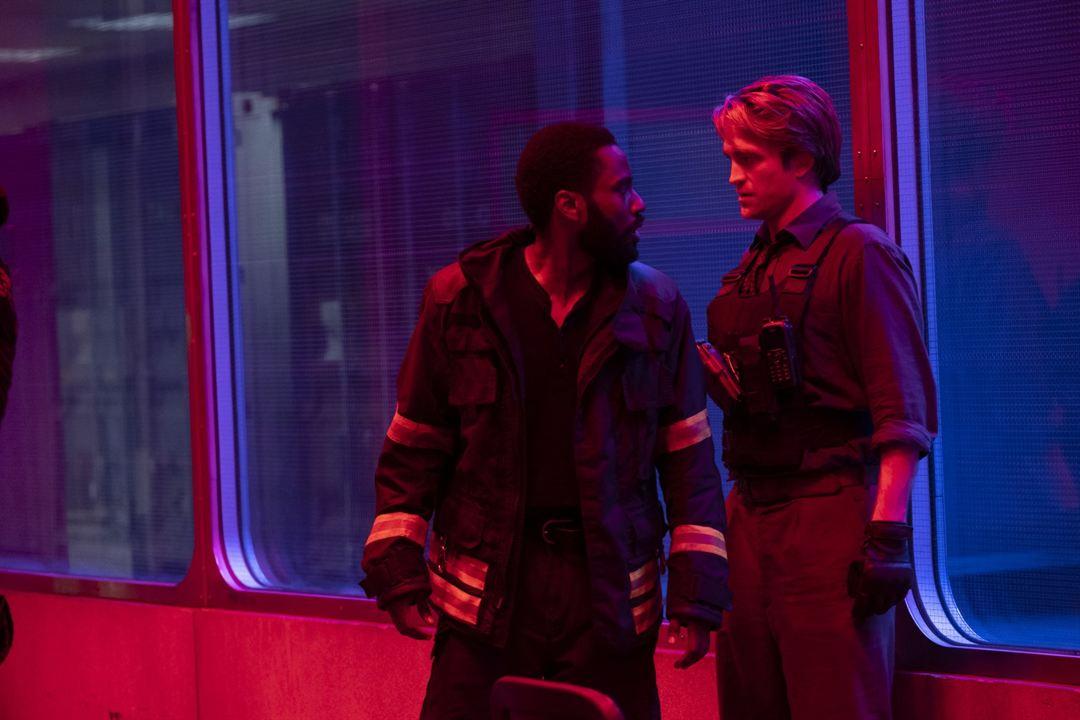 Tenet : Foto John David Washington, Robert Pattinson