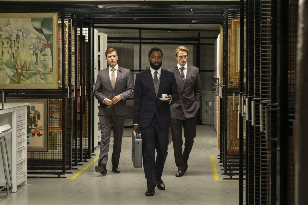 Tenet : Foto Jack Cutmore-Scott, John David Washington, Robert Pattinson