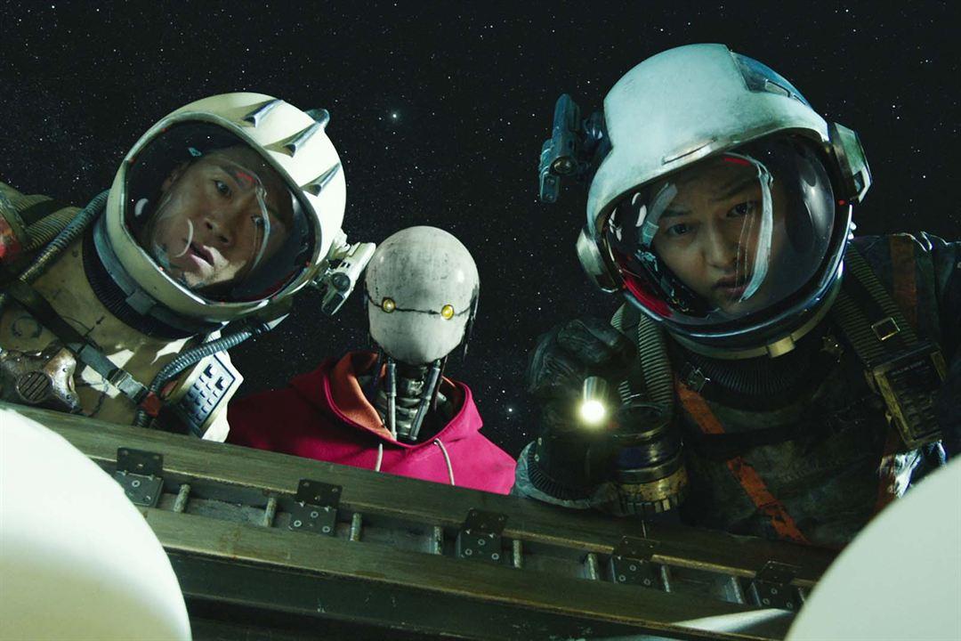 Barrenderos espaciales : Foto Joong-ki Song, Seon-kyu Jin