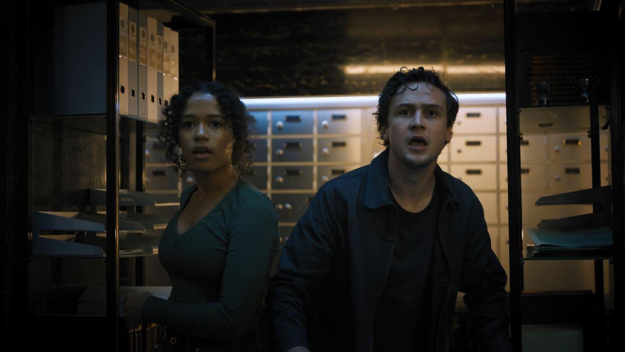 Escape Room 2: Mueres por salir: Taylor Russell McKenzie, Logan Miller