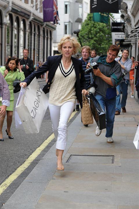 Diana: Naomi Watts