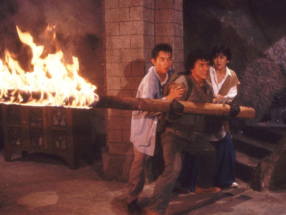 La armadura de Dios : Foto Alan Tam, Jackie Chan, Rosamund Kwan