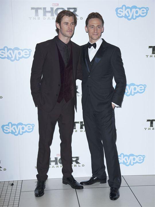 Thor: El mundo oscuro : Couverture magazine Chris Hemsworth, Tom Hiddleston